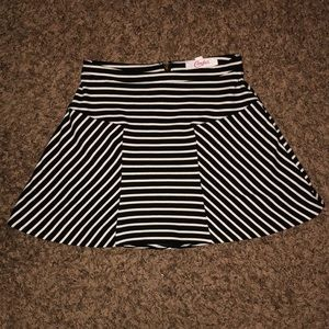 Cute striped zip-up skater skirt